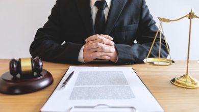 Características do Estado de Direito de acordo com várias escolas